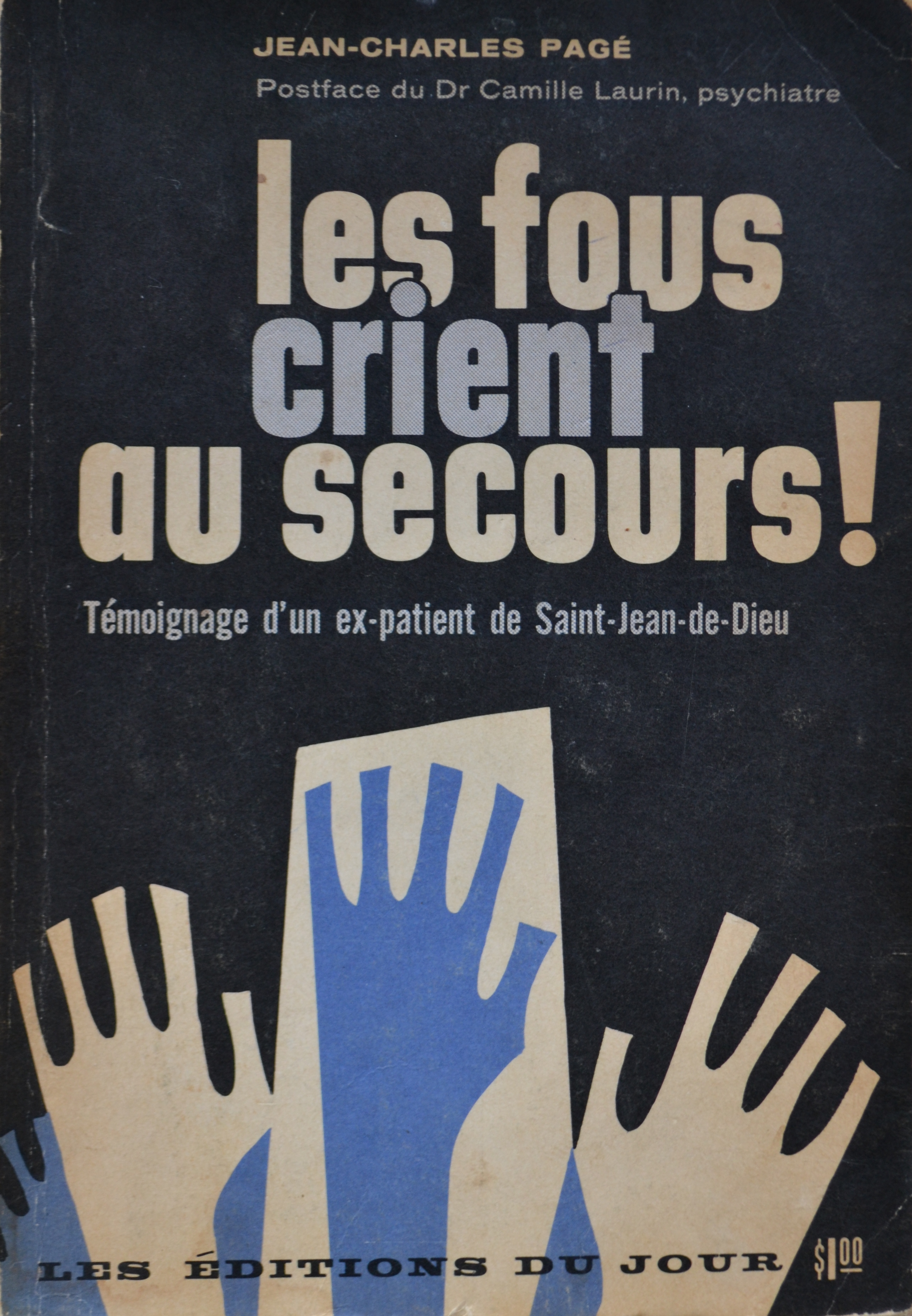 book cover with title Les Fous crient au secours and image of hands rising